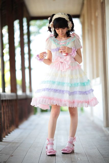 fairy lolita I love AP's soap bubbles OP. It's too cute and fluffy, don't care who thinks its ita