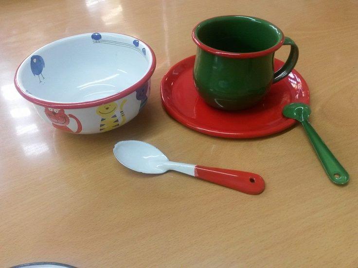 Utensilios de cocina con dise os infantiles y de colores tazas y pocillos vintage coloridos y - Utensilios de cocina de diseno ...