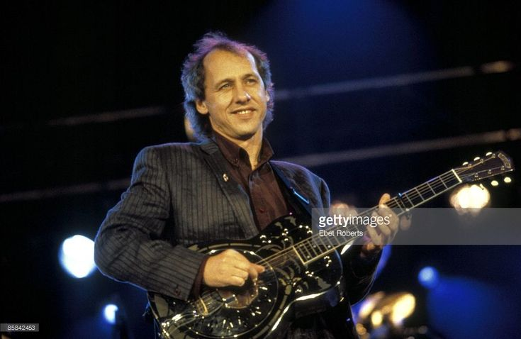 Photo of DIRE STRAITS and Mark KNOPFLER | Getty Images