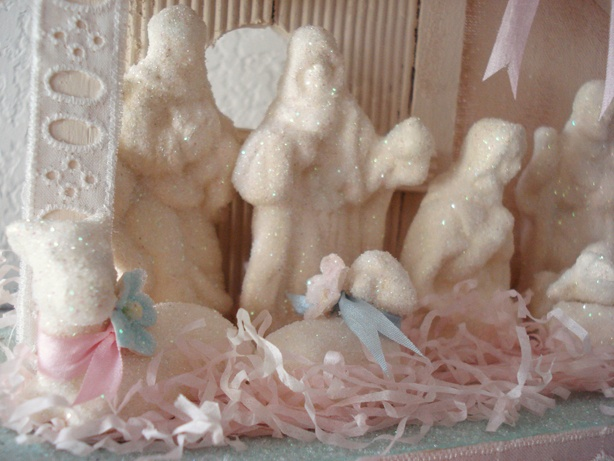 painted and glittered...an old nativity