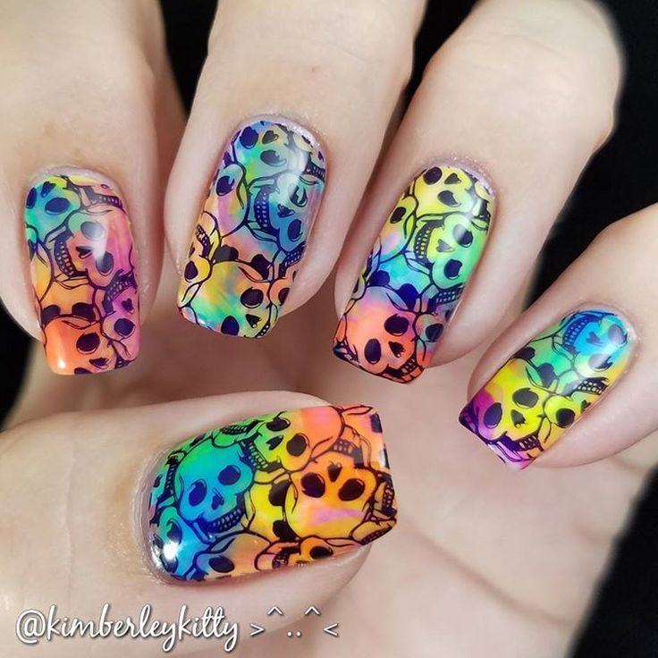Colorful Nail Art: 17 Best Ideas About Skull Nail Art On Pinterest