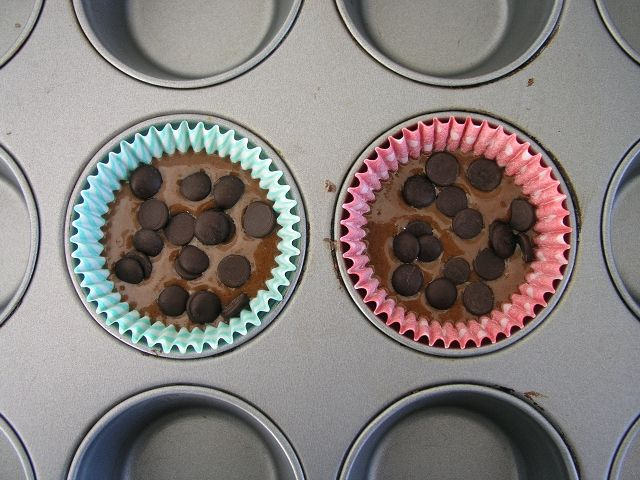 Chocolate Cupcakes for 2 :): Chocolate Cupcakes, Chocolate Chip Cupcakes, Cupcakes Recipe For, Cupcake Recipes, Cupcakes Ice Recipes, Baking Recipes, Cupcake Icing Recipes, Chips Cupcakes, Cupcakes Recipes