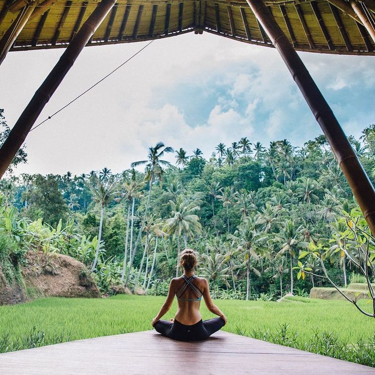 Yoga goals by Nicola @polkadotpassport in Ubud Bali - read her full feature on the Four Seasons Sayan at Supernomad (link in bio). We've also got stylish high performance yoga styles by Under The Same Sun - yoga and swim gear made from recycled bottles. Now there's some yoga inspiration!