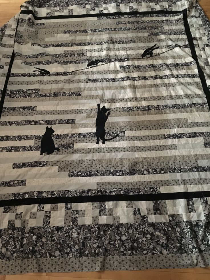 Cat silhouette quilt. King size.
