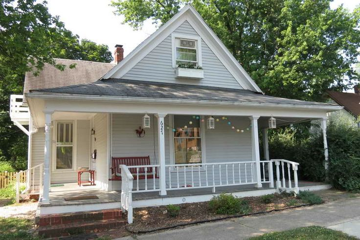 17 best ideas about small country houses on pinterest for House with wrap around porch for sale