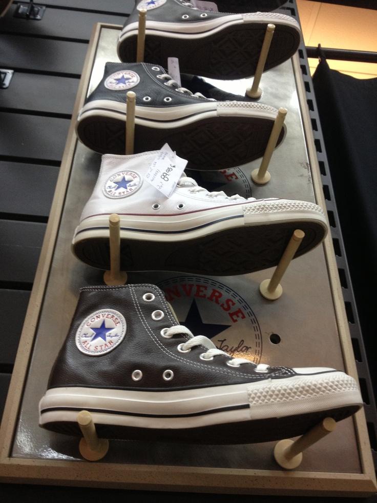 Botas Converse.