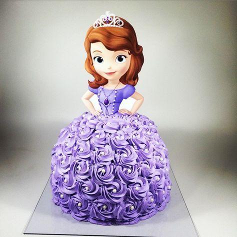 #mulpix Bolo Princesa Sofia - Princess Sofia Cake #bolo #bolodecorado #bolodemenina #princesasofia #sofiacake #princesssofia #princesasofia #princesadisney #cake #instacake #instaparty