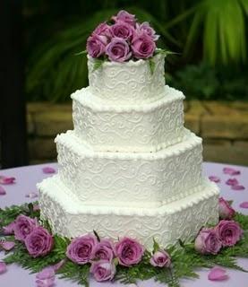 Elegant Octagon Wedding Cake