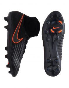 Nike 2016 latest football (soccer) boots (cleats). Nike is the market leader producing top quality and fantastic designs.   http://stevossportshop.com/nike-latest-football-boots/