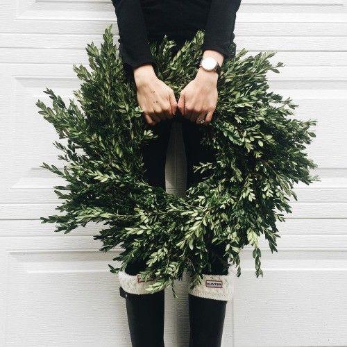 Home Decor: 25 Christmas Wreath Ideas Messagenote.com Allie Seidel