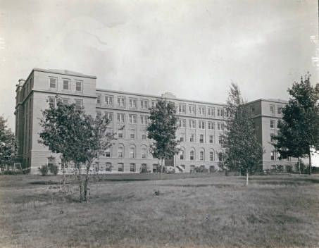College Hall, College of St. Catherine, St. Paul, MN; founded in 1905; name change to St. Catherine University in 2009; source: Minnesota Reflections, http://reflections.mndigital.org/cdm/singleitem/collection/csc/id/86/rec/1