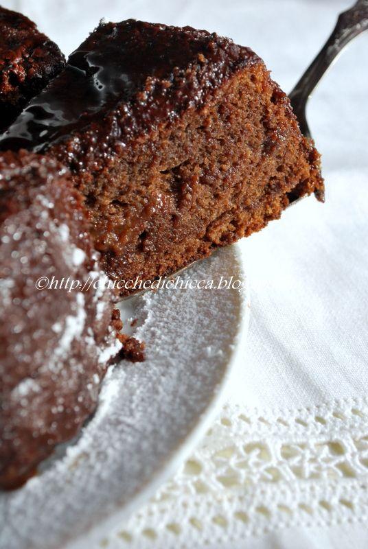 La torta Sacher  per chi ama il cioccolato , credo che sia il massimo, praticamente un trionfo. La ricetta non è di sicuro l'originale, ...