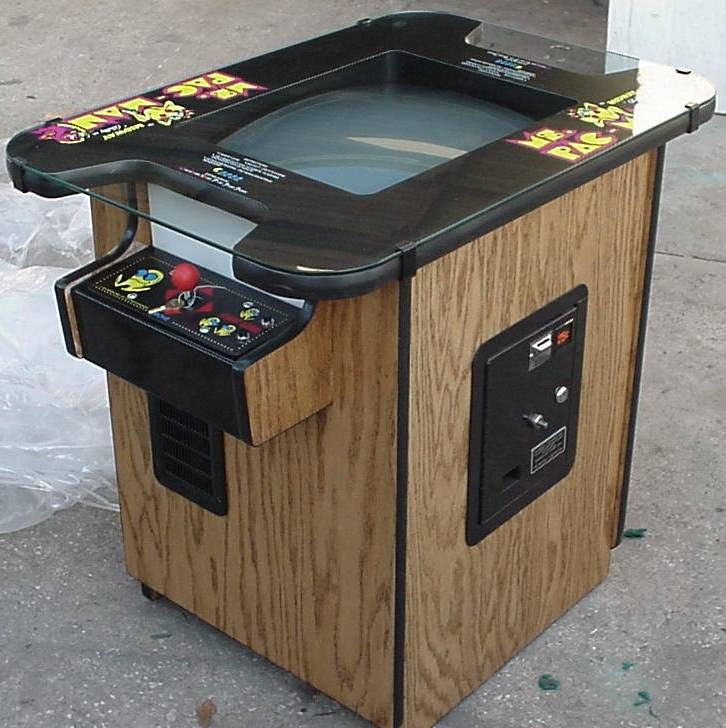 Ms. Pac-Man.. The sit down table version..