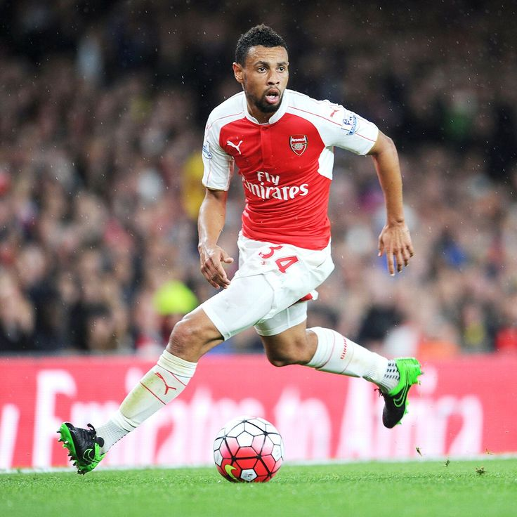 Arsenal's Francis Coquelin playing at centre-back after Mertesacker injury