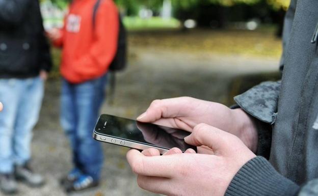 Llegan a los juzgados de Málaga los primeros casos de acoso telefónico y en redes sociales  + #Abogados #AsesoríaDeEmpresas www.gpabogados.es #Madrid