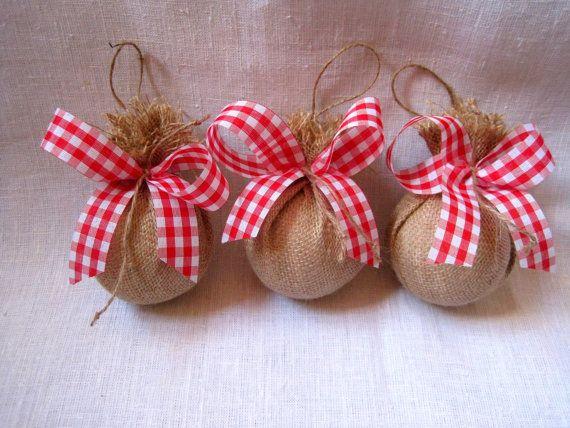 Rustico grande tela ornamenti, albero di Natale o decorazione della casa-set di 3 è fatto a mano da: styro schiuma palla, juta, spago e nastro.