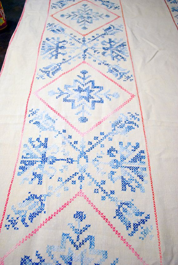 """Exceptional Large Embroidered Tablecloth Snowflake Pattern Excellent Vintage Condition 66"""" x 102"""" - Beautiful hand embroidered large cotton tablecloth in excellent vintage condition. Features a blue snowflake pattern with large surface area of needlework."""