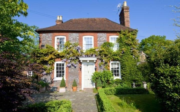 Farnham Common, Buckinghamshire- English house