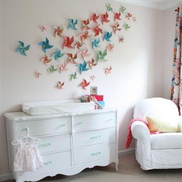 bunte papier blumen an der wand super dekorative idee selber machen zeit f r kunst 48. Black Bedroom Furniture Sets. Home Design Ideas