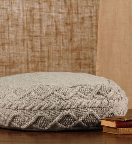 376 best images about cable knit pillow on pinterest for Floor knitting