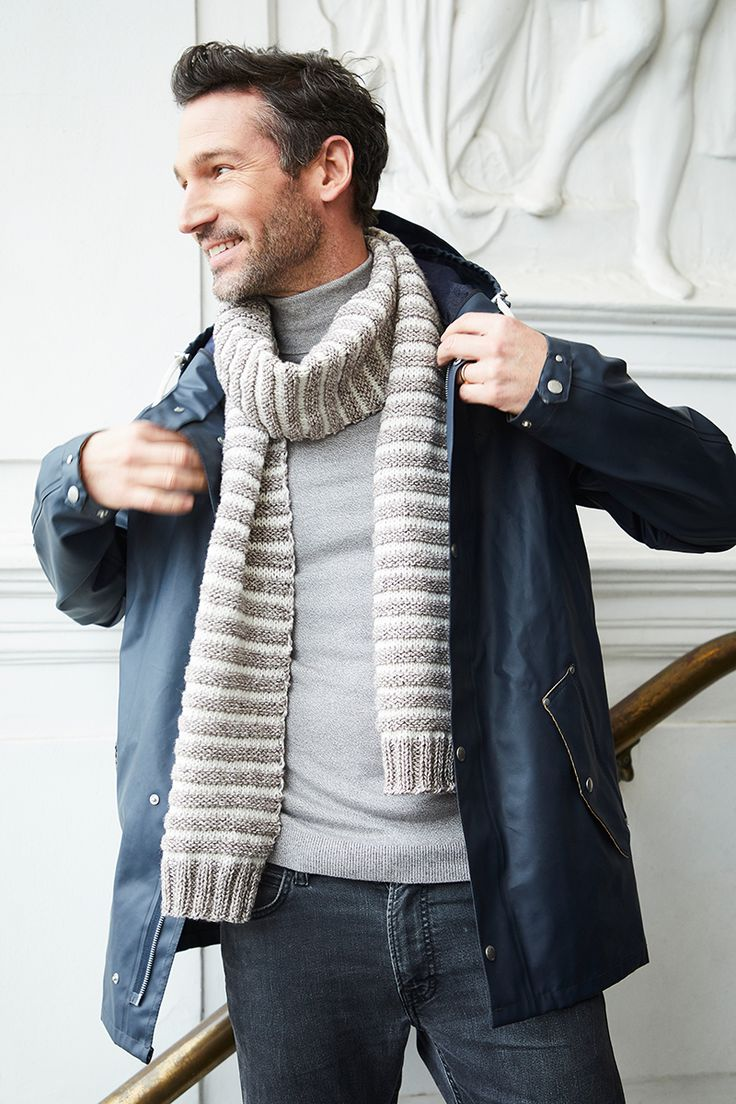 Free Knitting Pattern for an Easy Mens Scarf with Stripes