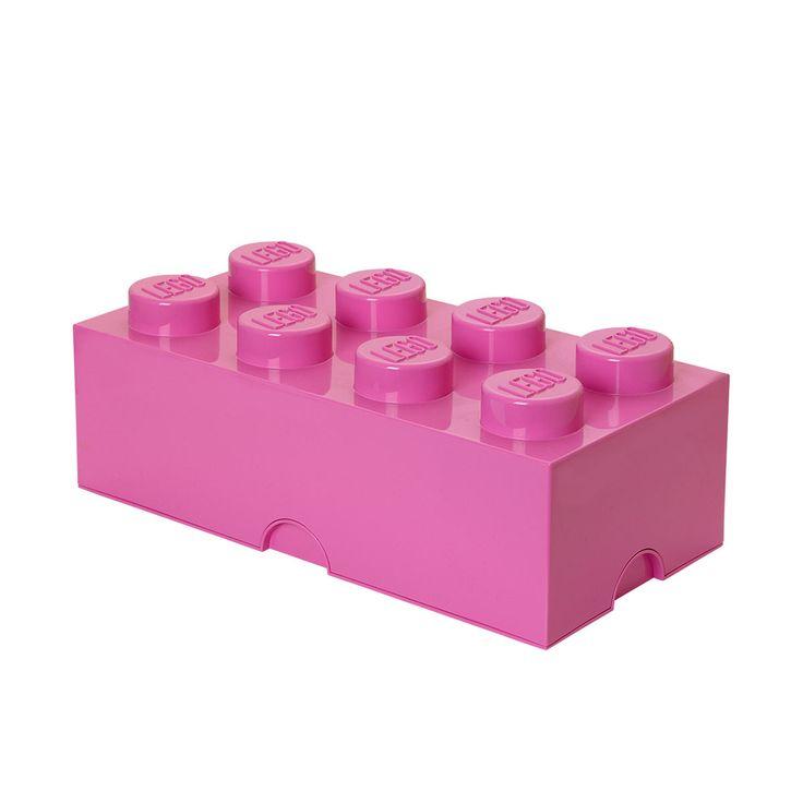Votre enfant va adorer ranger sa chambre ! Avec le système de plots Lego, il devient facile et amusant de mettre de l'ordre dans ses jouets. Avec leur design similaire aux briques de jeu Lego, votre enfant pourra utiliser ces grandes boîtes de rangement pour jouer ou décorer sa chambre. Le système de plots permet d'empiler les briques les unes dans les autres, vous pouvez entièrement moduler votre meuble en mixant les formes et les couleurs qui vous plaisent afin de constituer le rangement…