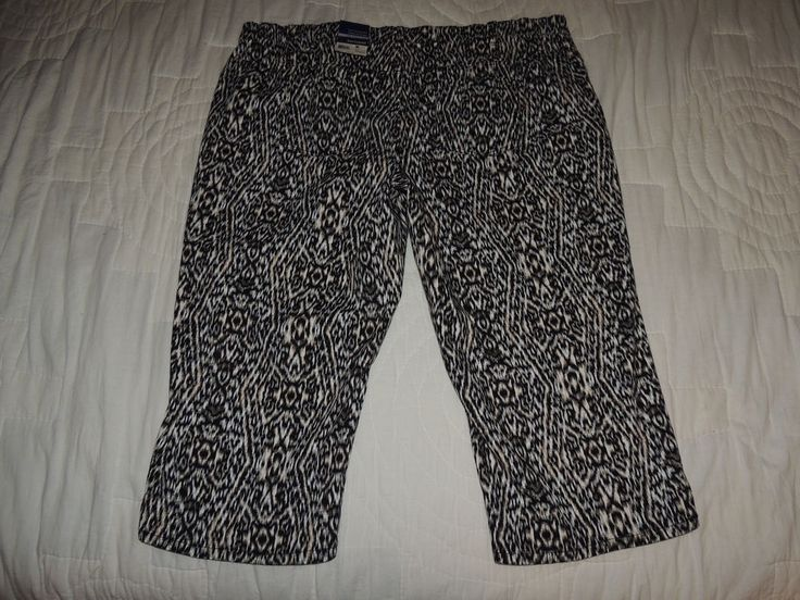 Basic Editions Plus Size Women's Cropped Capris Animal Print Pants Size 24W NWT #BasicEditions #CaprisCropped
