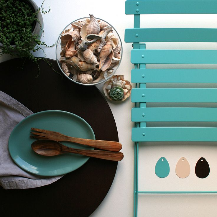 Focus On: Russet | Jardin - Fermob's russet with lagoon blue.