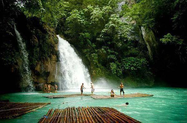 Kawasan Falls à Badian, Cebu, Philippines
