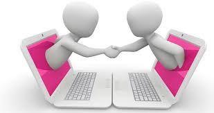 E-business es la integración del negocio de una empresa incluyendo productos, procesos y servicios por medio del Internet. Convierte a su empresa de un negocio a un e-business cuando integra sus ventas, marketing, contabilidad, manufactura y operaciones con sus actividades en su sitio web
