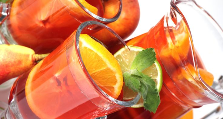 Sangria is the perfect drink to accompany your delicious picnic. http://gustotv.com/recipes/drinks/sangria-2/