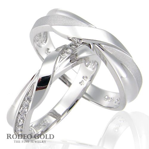 Gold engagement rings TCR91910