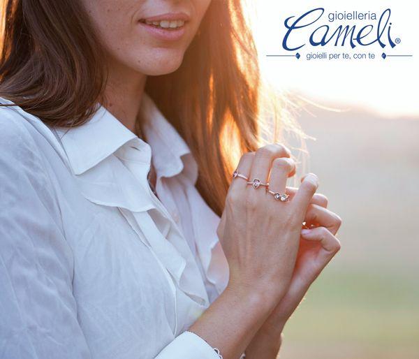 Vivi con passione ogni momento e rendi il tuo look ancora più brillante e sofisticato con i nuovi anelli #BroswayTring in argento!  Vieni a scoprire l'intera collezione da #Cameli!  #MonteUrano #anelli #bracciali