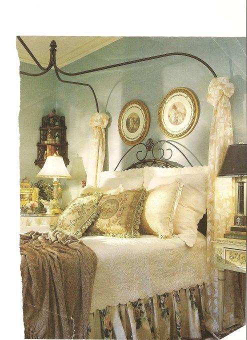 25 Best Ideas About Romantic Country Bedrooms On Pinterest Door Headboards Salvaged Doors