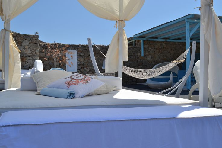 daybed in white