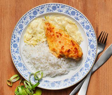 Kycklinggratäng med purjo dijon och ost