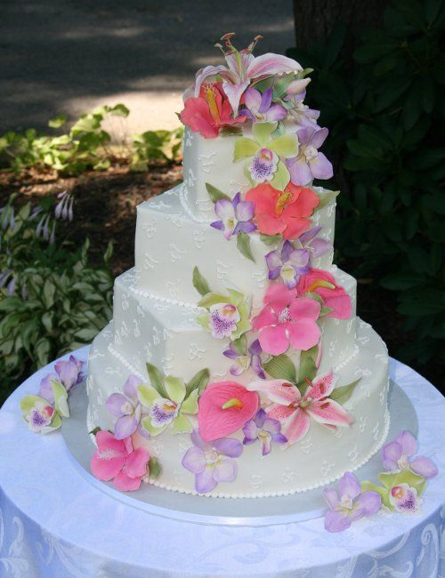Beautiful Wedding Cake   Tropical color combination for a summer wedding                                                                                                                                                     Plus