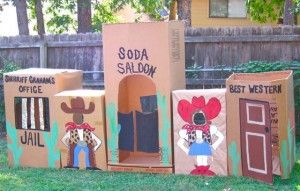 Party theme) Western saloon made from boxes! So Genious!