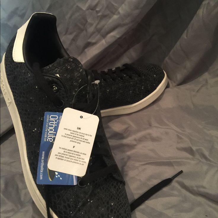 Brand New Adidas Stan Smith Black Snake Skin