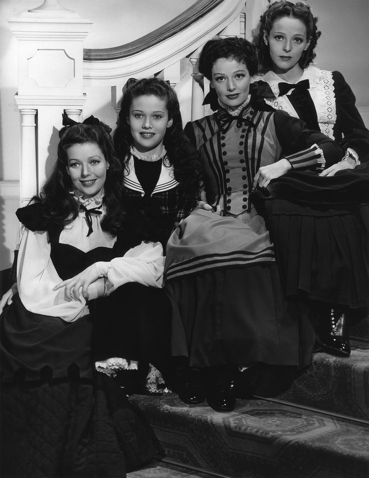 Loretta Young and her three real life sisters - Polly Ann Young, Georgiana…