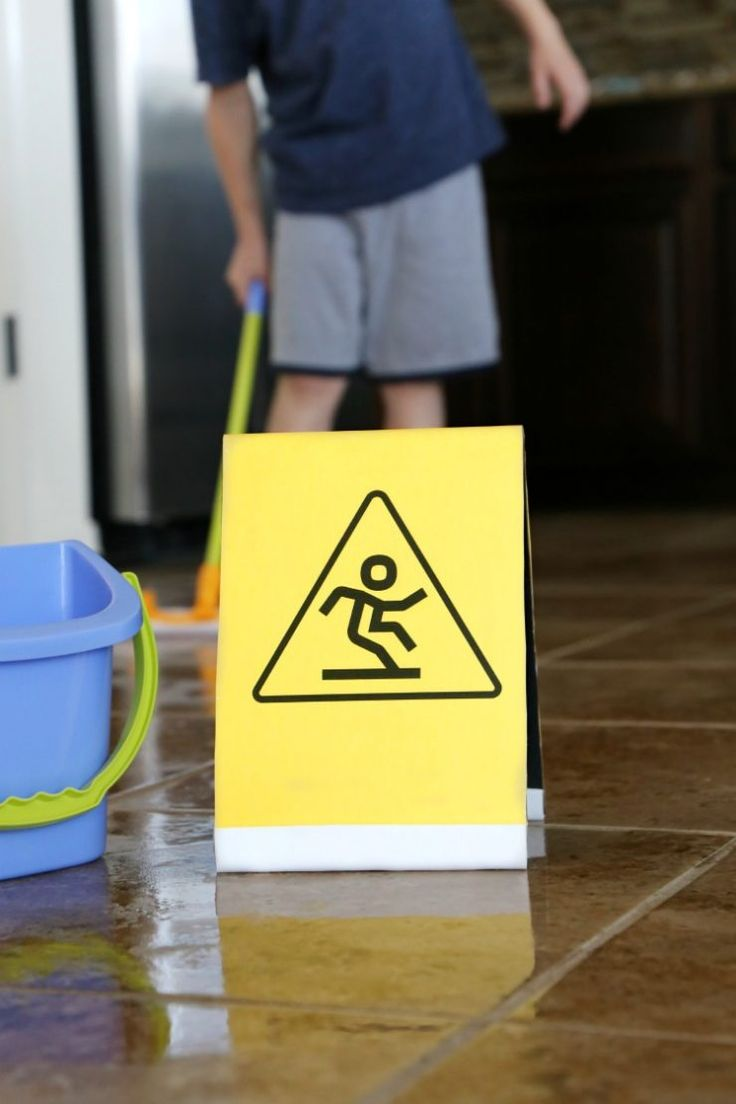 Kids Chore List Printable + DIY Wet Floor Caution Sign with Huggies Cleansing Wipes: the Child at Heart blog #thinkoutsidethewipe #ad