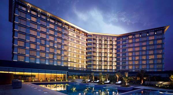 Vivanta by Taj, Bangalore - a modern wedding venue with five star luxury