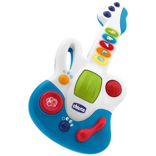 """Гитара CHICCO """"Маленькая звездочка"""" ~ 1100  В игрушке очень много мелодий за счет нескольких режимов: просто музыка, музыка для подыгрывания кнопками на грифе, музыка с включающимися инструментами, они тоже включаются кнопками на грифе. Также для каждого режима 3 стиля музыки - рок, джаз, кантри, кажется такие."""