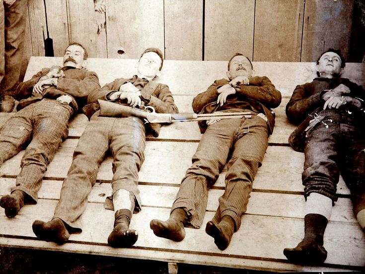 Dalton gang following the Coffeyville, Kansas raid. Left to right: Bill Power; Bob Dalton; Grat Dalton, Dick Broadwell, , October 1892