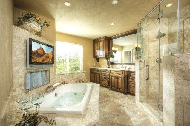 17 best images about bathroom designs on pinterest tile for Master bath remodeling ideas