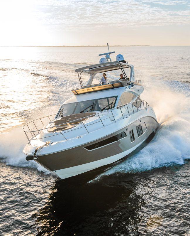 Sea Ray présent au Cannes Yachting Festival 2015 avec sa L Class.