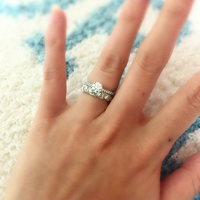 my favorite rings with many love…♡ #DEBEERS #デビアス #DBCLASSIC #CHAUMET #ショーメ #トルサード #トルサードマルチ #torsade #グランサンク #engagementring #marriagering #結婚指輪 #婚約指輪