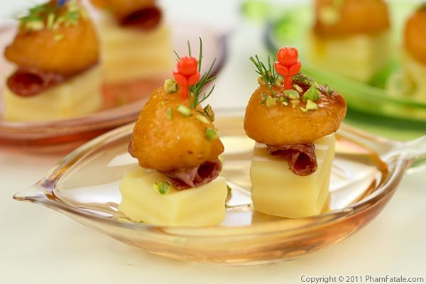 Cantaloupe cheese appetizer these cheese appetizers are for French canape ideas