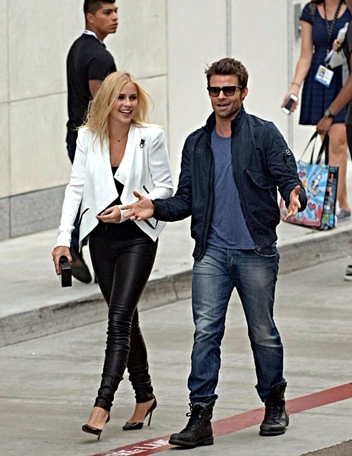 Claire Holt | Daniel Gillies | The Vampire Diaries | The ...