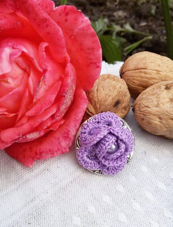 Crochet brooch rose brooch purple fiber brooch hat by Rocreanique on Etsy